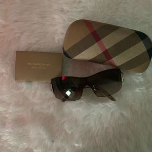 Vintage Burberry Sunglasses / Shades